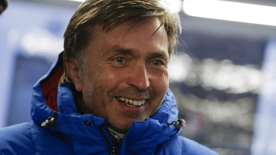 McLaren hires Volkswagen racing director Capito