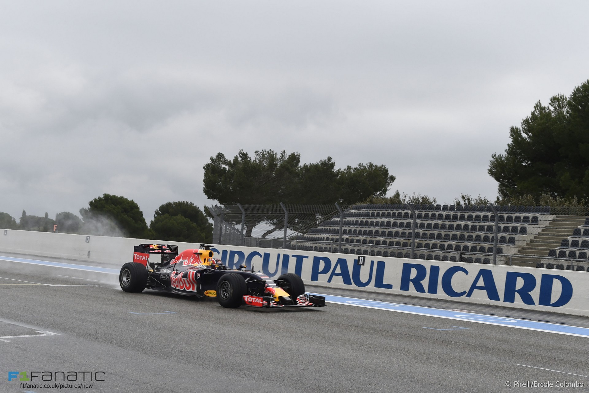 daniil kvyat red bull paul ricard 2016 f1 fanatic. Black Bedroom Furniture Sets. Home Design Ideas