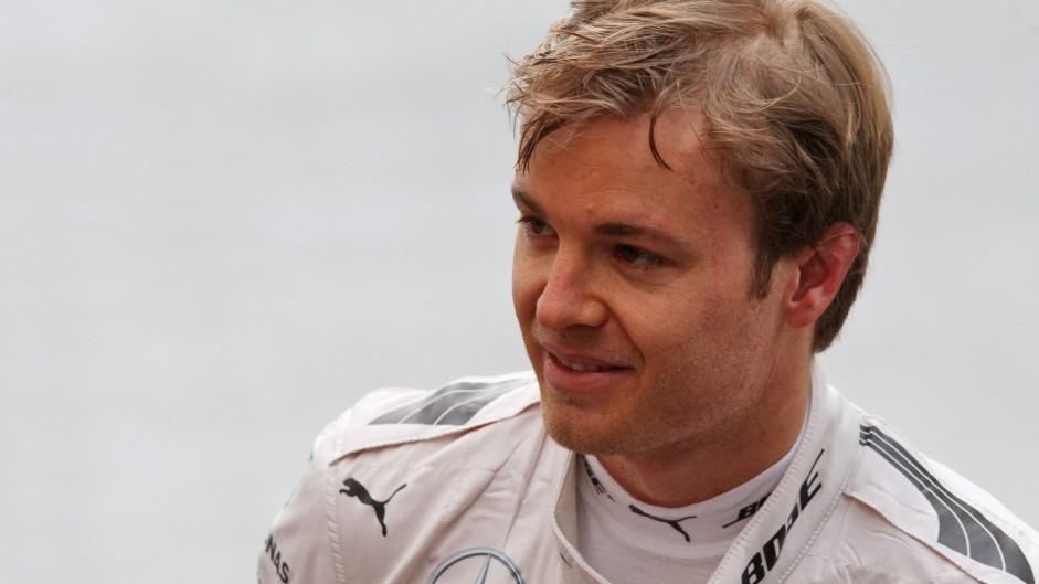Rosberg to drive instead of Hamilton this morning