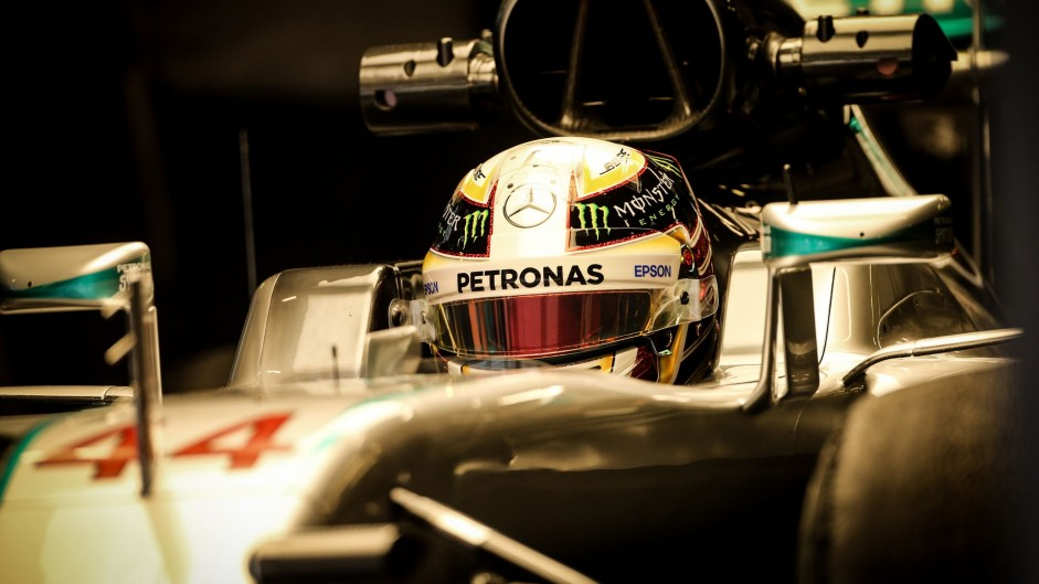 Hamilton stunned by Mercedes reliability