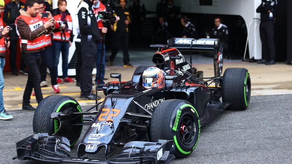 Jenson Button, McLaren MP4-31, Circuit de Catalunya, 2016