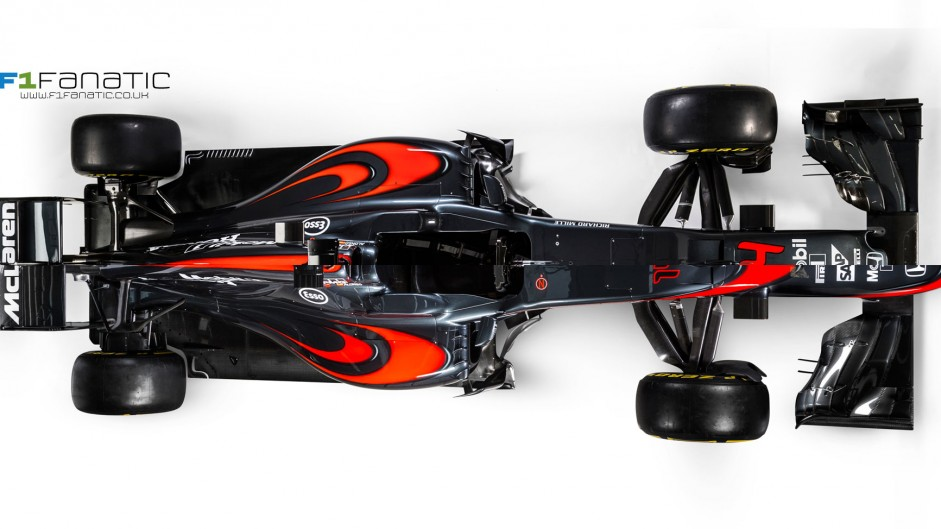 Compare McLaren's new MP4-31 with their 2015 car