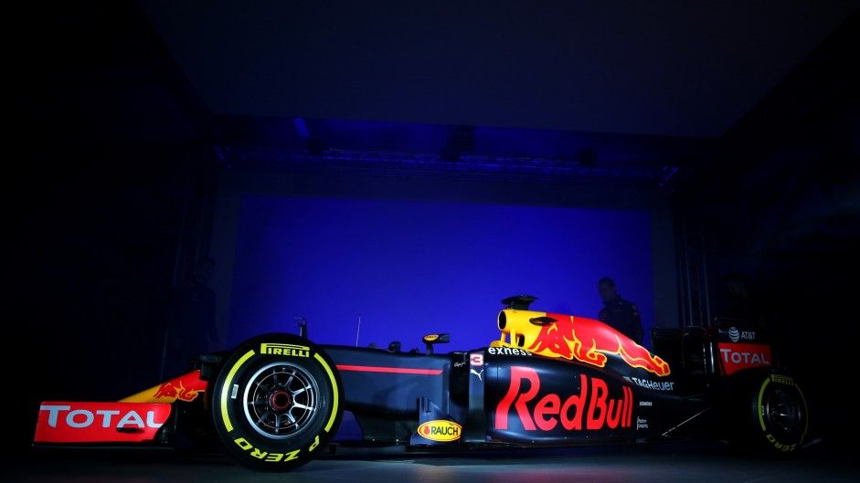 Red Bull 2016 livery launch