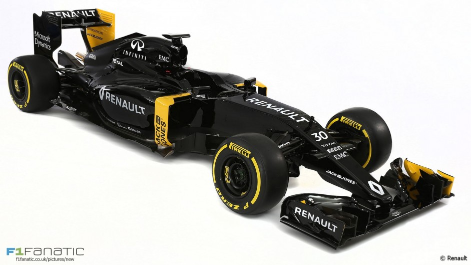Podium finishes 'three or four years away' – Renault