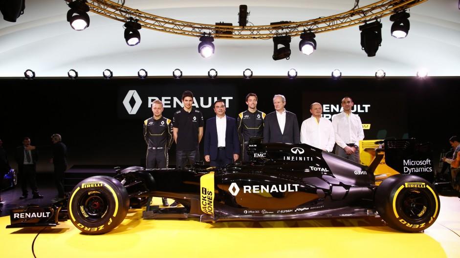 Renault confirms Magnussen's return to F1