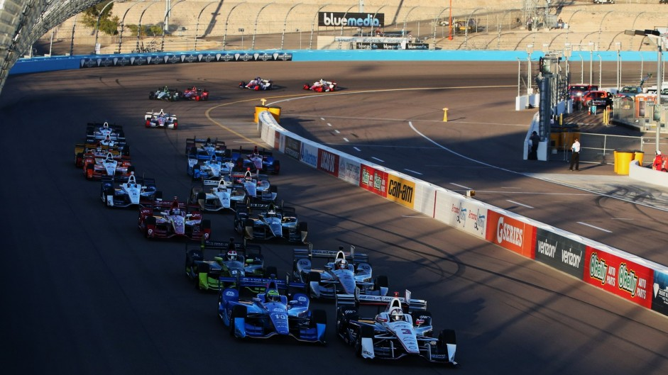Punctures hit leaders in IndyCar's Phoenix return