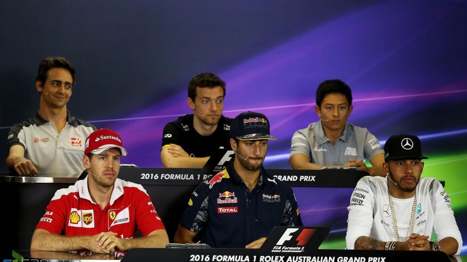 Esteban Gutierrez, Jolyon Palmer, Rio Haryanto, Sebastian Vettel, Daniel Ricciardo, Lewis Hamilton, Albert Park, Melbourne, 2016