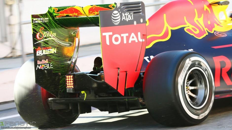 Daniil Kvyat, Red Bull, Circuit de Catalunya, 2016