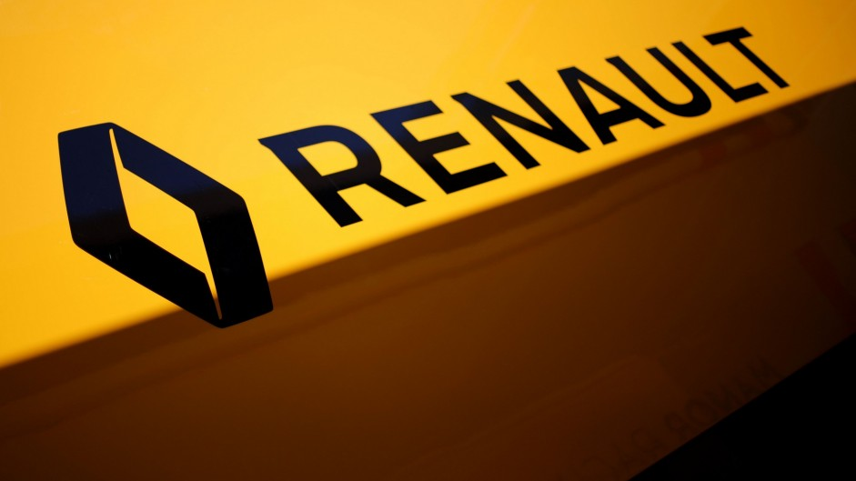 Renault sets conservative goals for F1 return