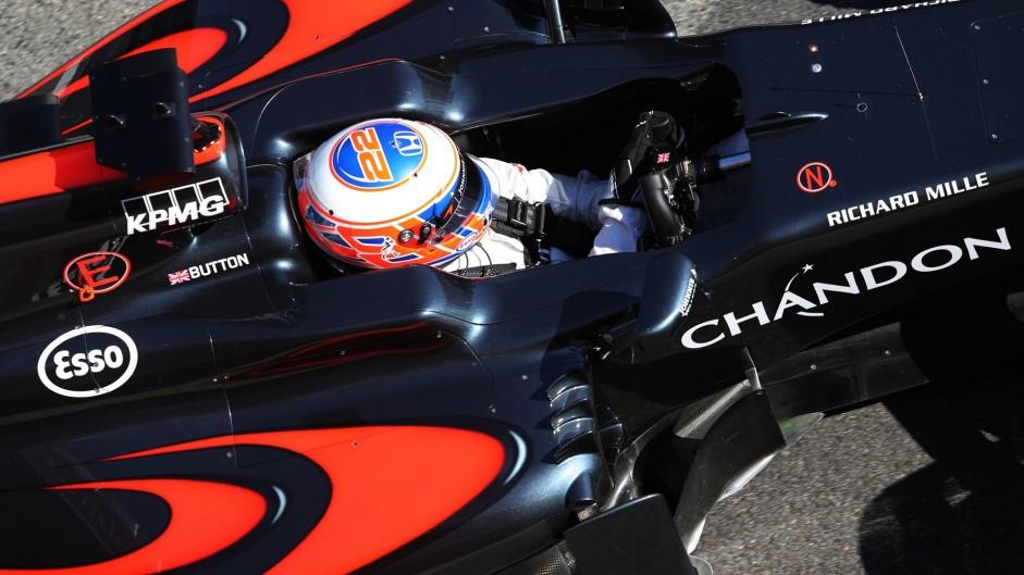 FIA can't enforce radio ban – Button
