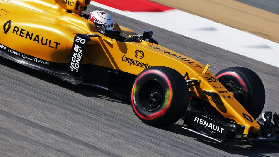 """Points possible with """"normal race"""" – Magnussen"""