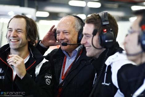 Ron Dennis, Stoffel Vandoorne, McLaren, Albert Park, 2016