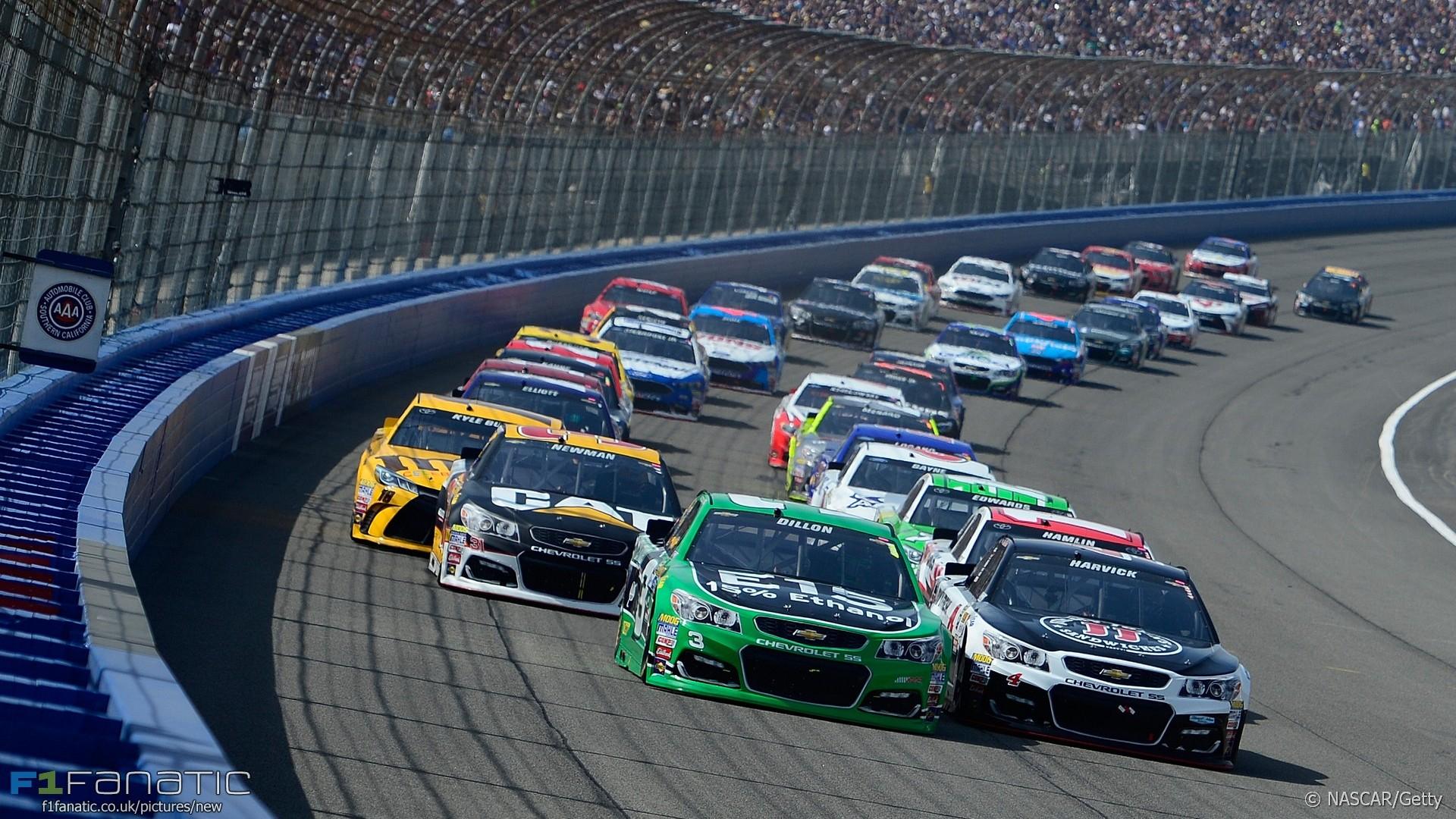 NASCAR, Fontana, 2016