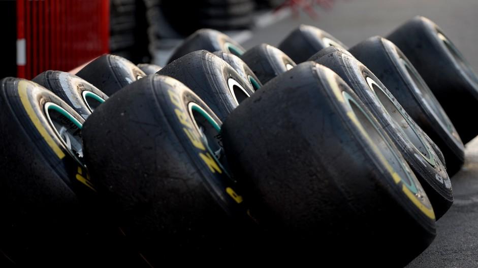 Tyres, Circuit de Catalunya, 2016