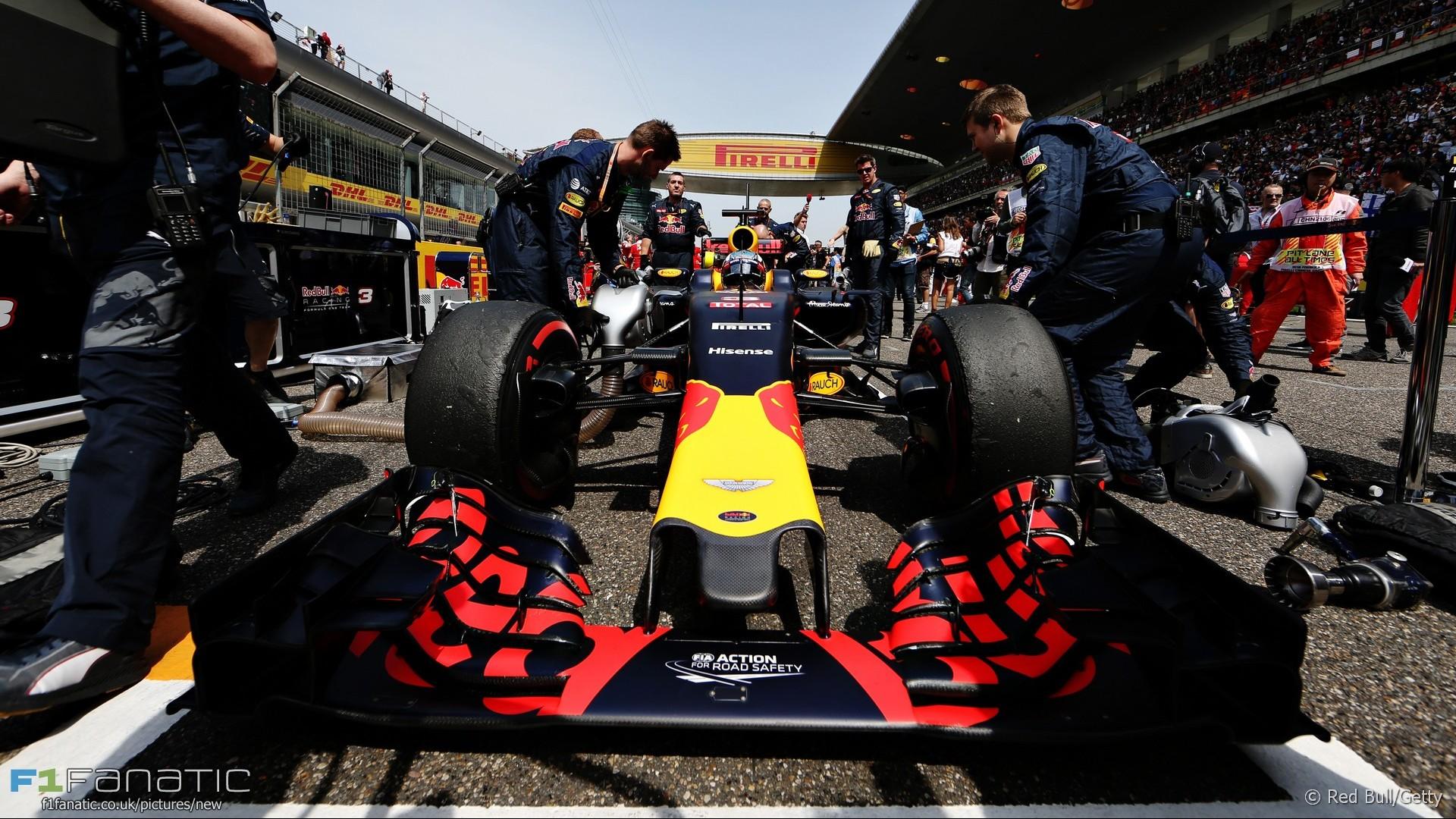 Daniel Ricciardo, Red Bull, Shanghai International Circuit, 2016