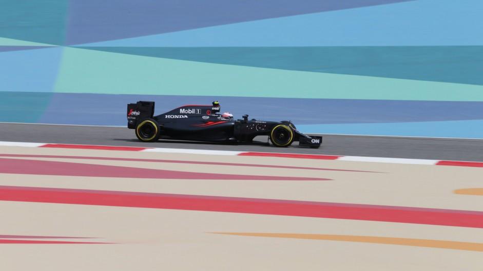 Jenson Button, McLaren, Bahrain International Circuit, 2016