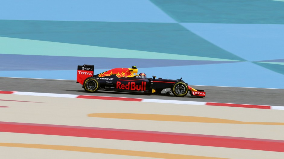 Daniil Kvyat, Red Bull, Bahrain International Circuit, 2016