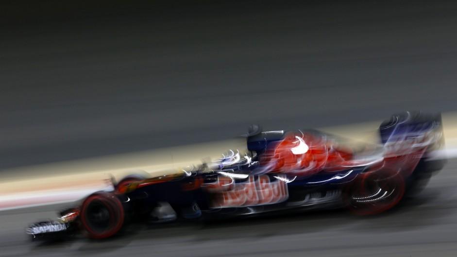 Carlos Sainz Jnr, Toro Rosso, Bahrain International Circuit, 2016