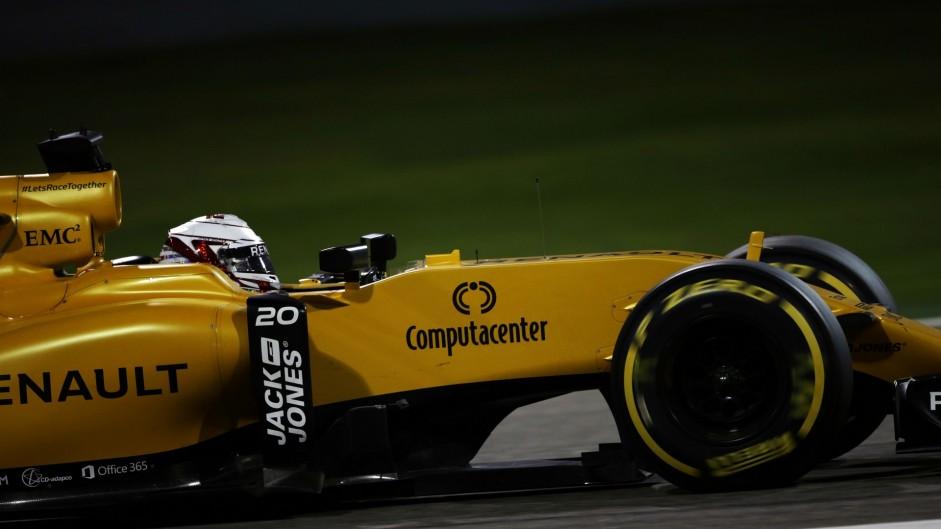 Kevin Magnussen, Renault, Bahrain International Circuit, 2016