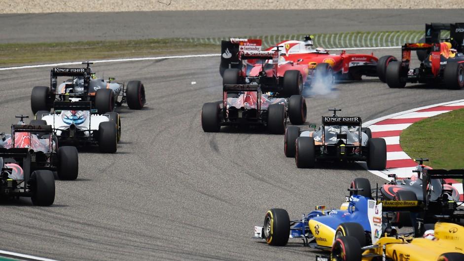 Vettel points finger at 'crazy' Kvyat for Raikkonen clash