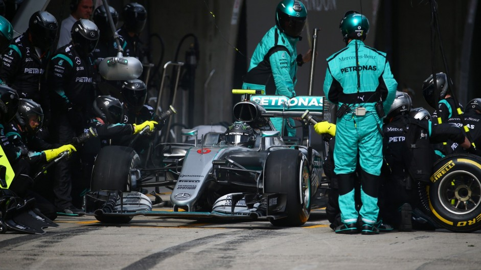 2016 Chinese Grand Prix tyre strategies and pit stops