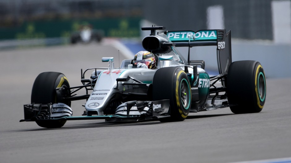 Hamilton sets record-breaking practice pace