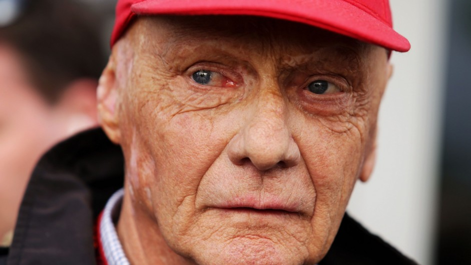 Lauda denies Hamilton 'lied' or damaged room