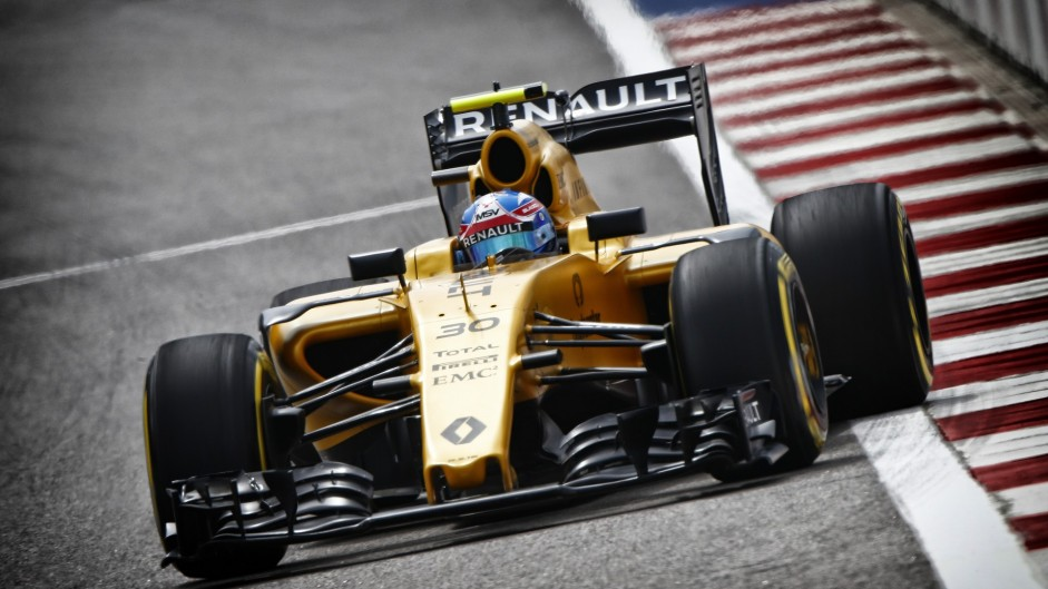 Renault's 'B-spec' power unit to debut at Spain test