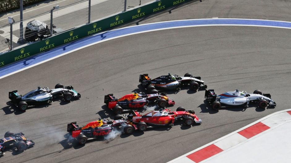 Kvyat obviously to blame for crash, says Vettel