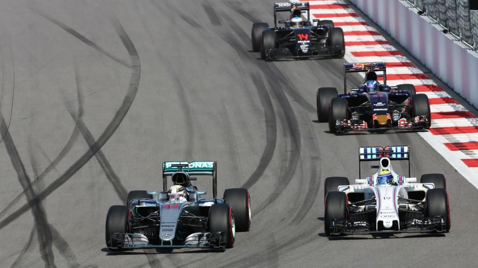 Lewis Hamilton, Felipe Massa, Sochi Autodrom, 2016