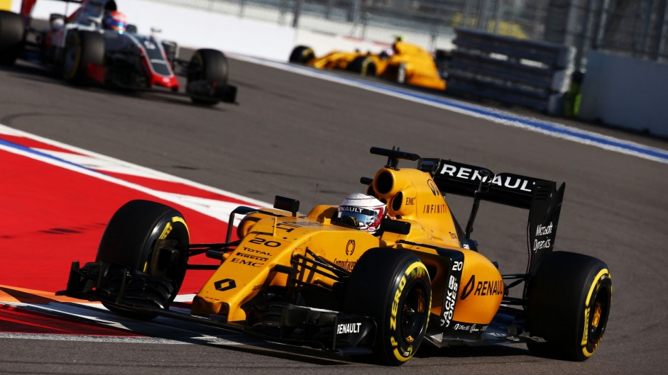 Renault had good reason to set their sights low in 2016
