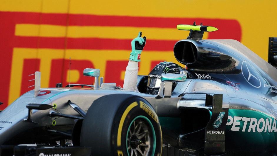 Rosberg hits a perfect 100 to boost his championship chances