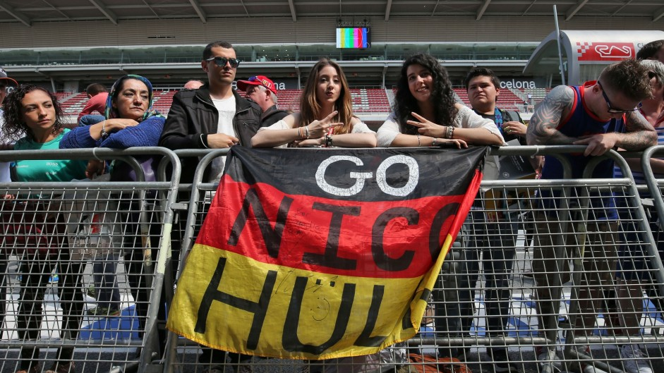 Nico Hulkenberg fans, Force India, Circuit de Catalunya, 2016