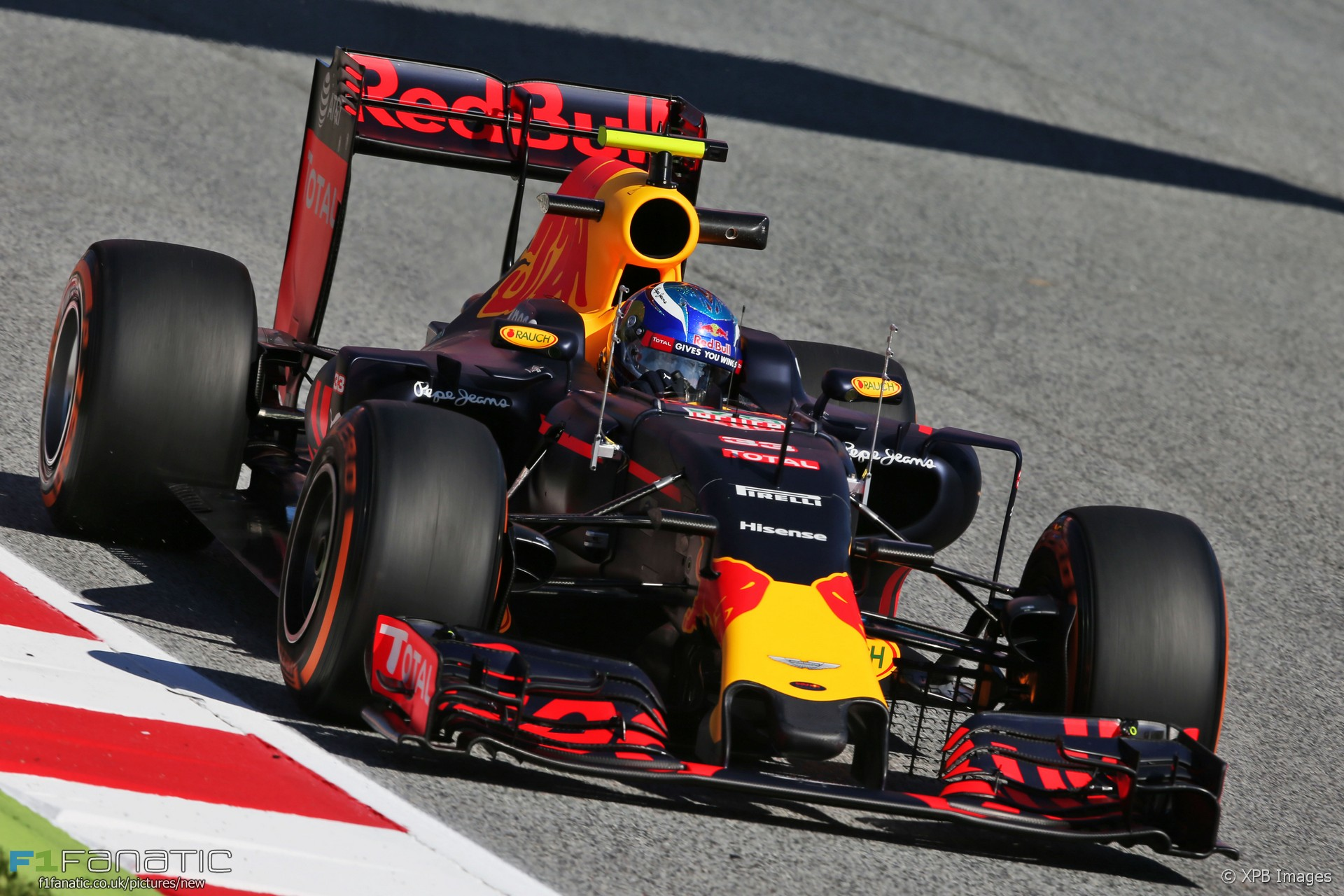 max verstappen red bull circuit de catalunya 2016 f1. Black Bedroom Furniture Sets. Home Design Ideas