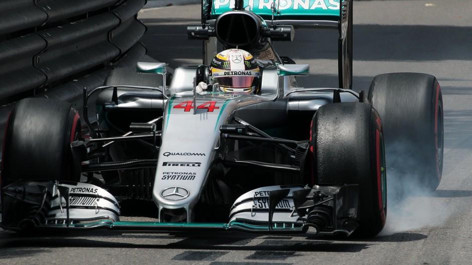 Hamilton wins dramatic Monaco Grand Prix