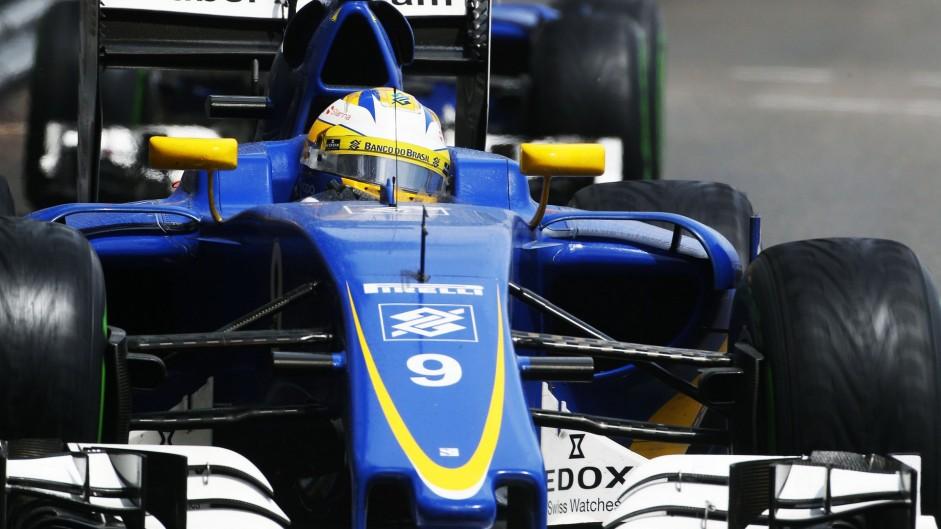 Ericsson, Kvyat given three-place grid penalties