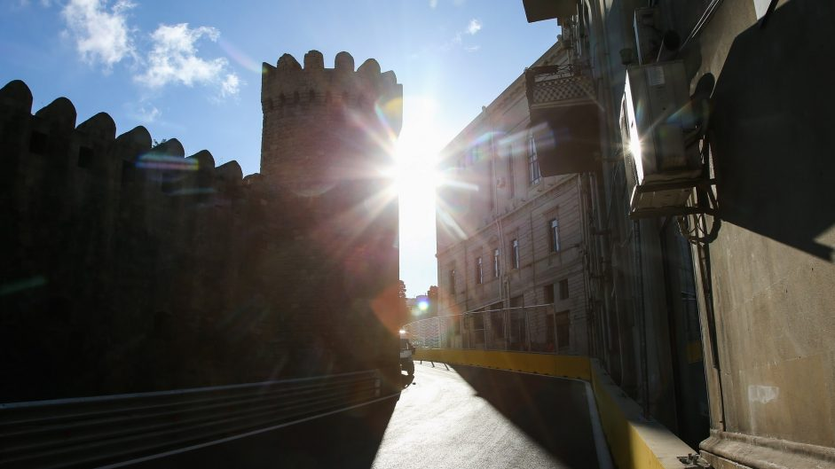 Warm temperatures to remain for Baku's first race