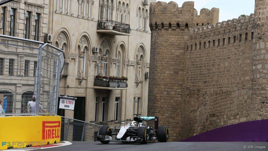 Hamilton quickest as Ricciardo is first to crash in Baku