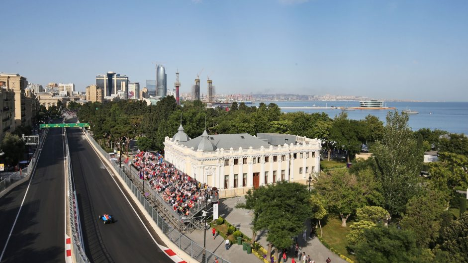 F1 can expect another warm weekend in Baku