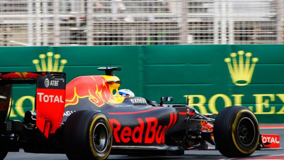 Daniel Ricciardo, Red Bull, Baku City Circuit, 2016