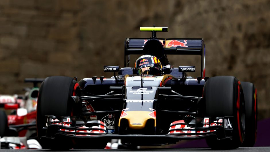 Penalty for Sainz, pit lane start for Magnussen