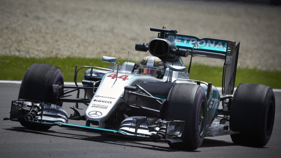 Hamilton confirms he will take grid penalty at Spa