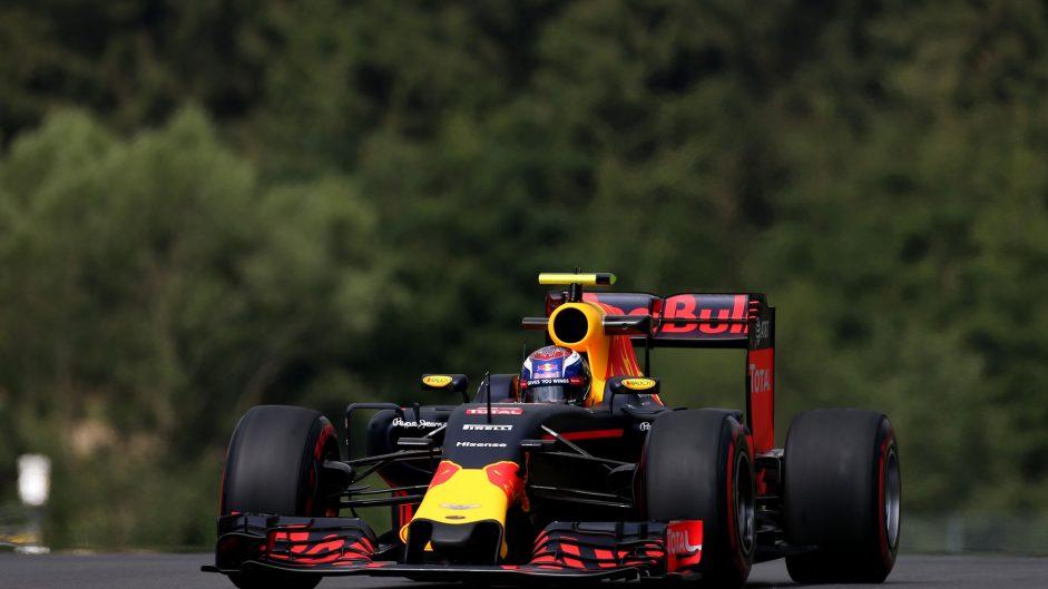 """Verstappen wants changes to """"dangerous"""" kerbs"""
