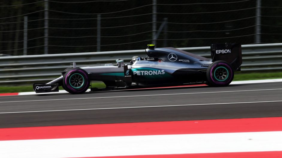 Rosberg leads through Red Bull Ring downpour