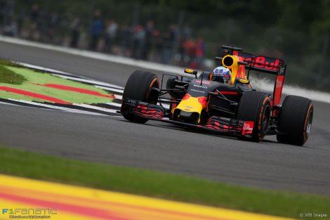 Daniel Ricciardo, Red Bull, Silverstone, 2016