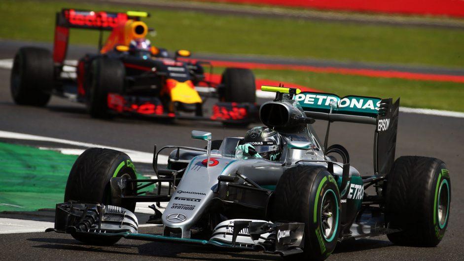 Rosberg under investigation for radio assistance