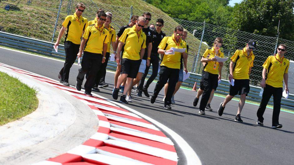 Jolyon Palmer, Renault, Hungaroring, 2016
