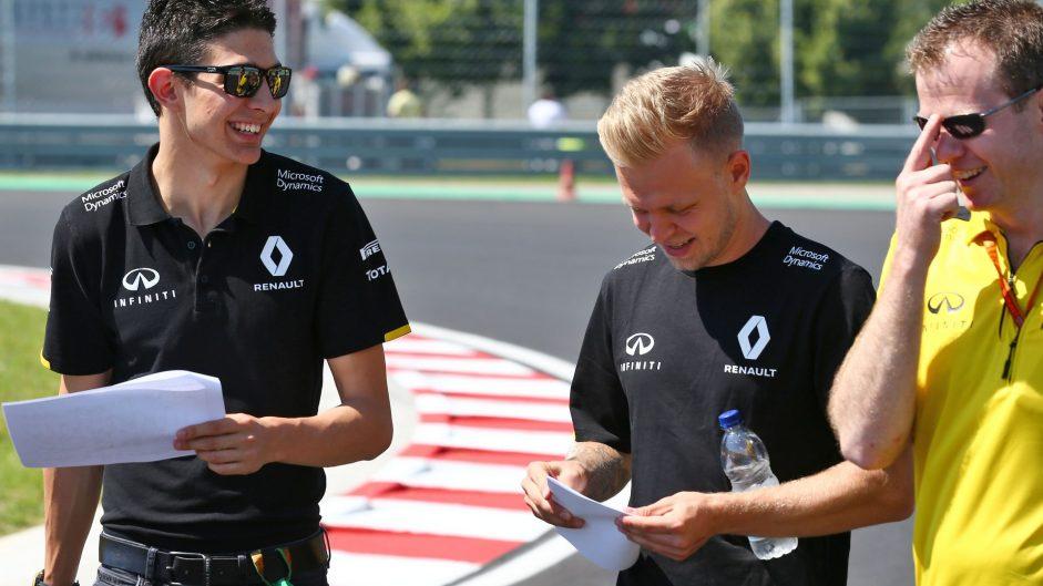 Esteban Ocon, Kevin Magnussen, Renault, Hungaroring, 2016
