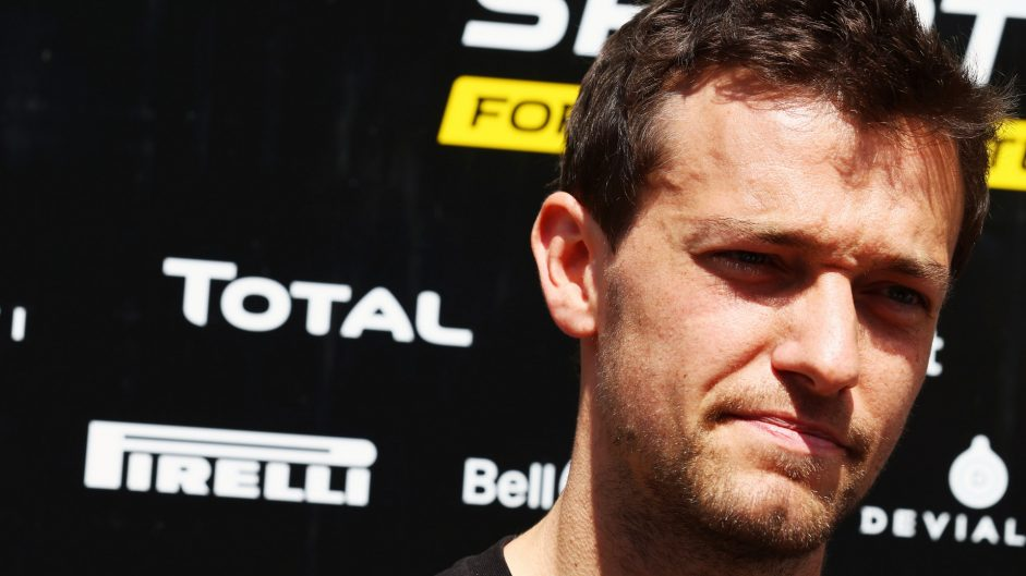 """Vettel's claim 95% of drivers support Halo is """"a lie"""" – Palmer"""