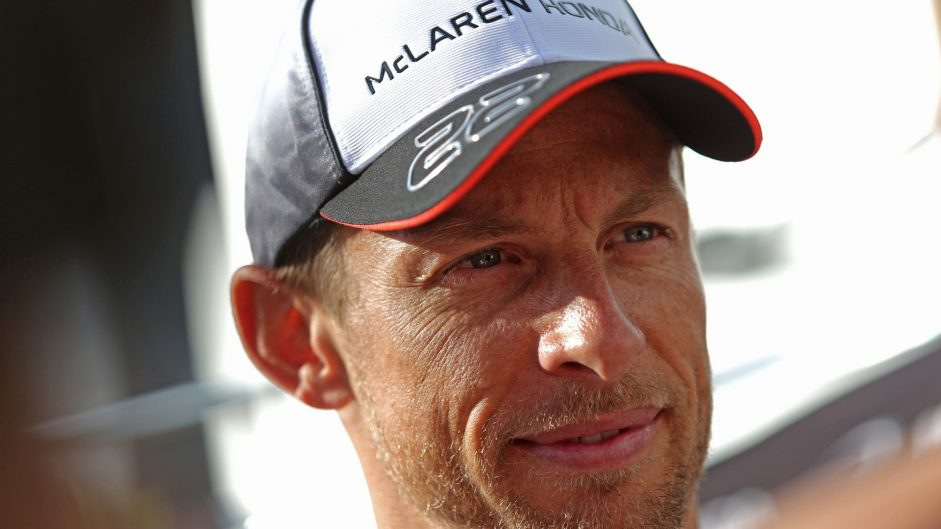 Button to step down from race seat at end of 2016